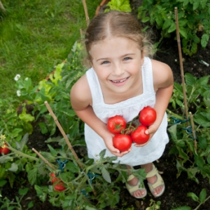 little-girl-gardener